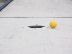 ball-1271972__180